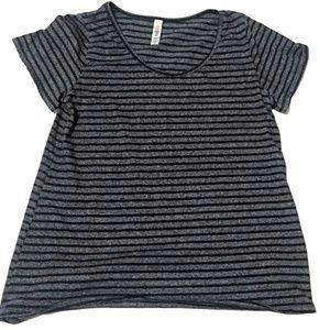 LuLaRoe Women's Striped Short Sleeve Shirt (M)